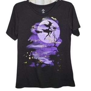 Halloween Witch T-shirt Moon Cat Ladies Fit Small